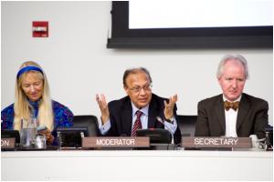 UN-Botschafter Chowdhury moderierte 2013 das Forum zur Friedenskultur in New York – Bild: Evan Schneider/UN